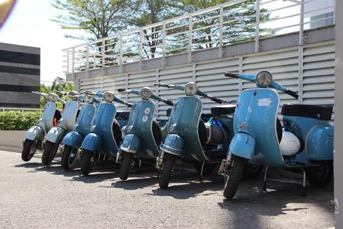 Hàng trăm xe máy cổ hội tụ tại Sài Gòn ảnh 8