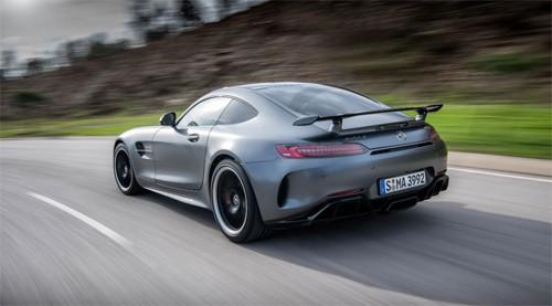 Mercedes-AMG GT R - siêu phẩm đường đua 157.000 USD ảnh 4