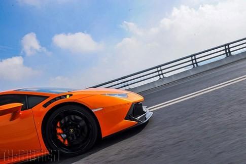Siêu bò Lamborghini Huracan độ Vorsteiner chất nhất Việt Nam ảnh 3