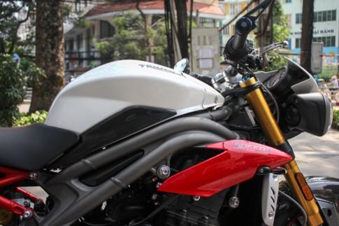 'Chiến binh đường phố' Triumph Speed Triple R 2017 về Việt Nam ảnh 10
