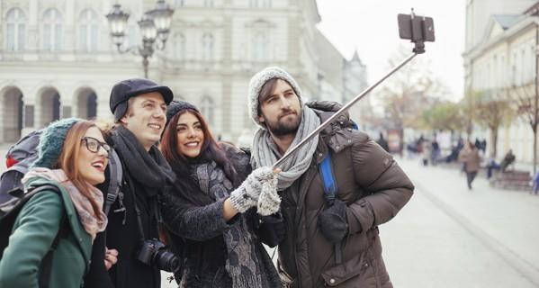 8 món đồ công nghệ không thể thiếu khi đi du lịch mùa nghỉ lễ ảnh 6