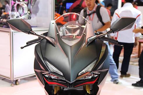 Sportbike Honda CBR250RR 2017 đầu tiên về Việt Nam ảnh 2