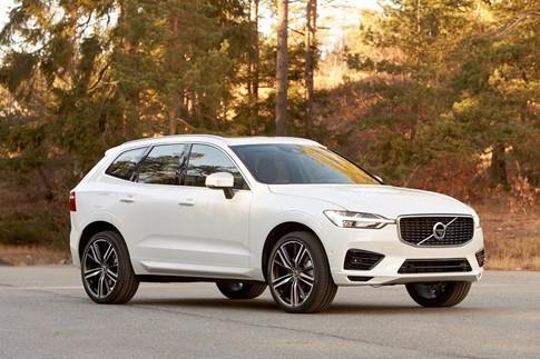 Volvo XC60 2018 chốt giá 41.500 USD, cạnh tranh Audi Q5, Mercedes GLC - ảnh 1