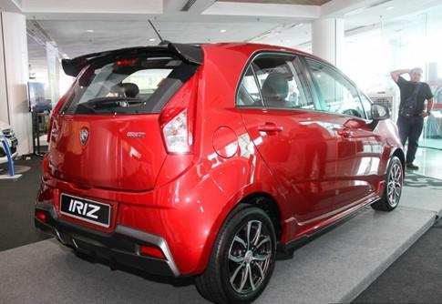 Xe nhỏ Proton Iriz của Malaysia trình làng - ảnh 1