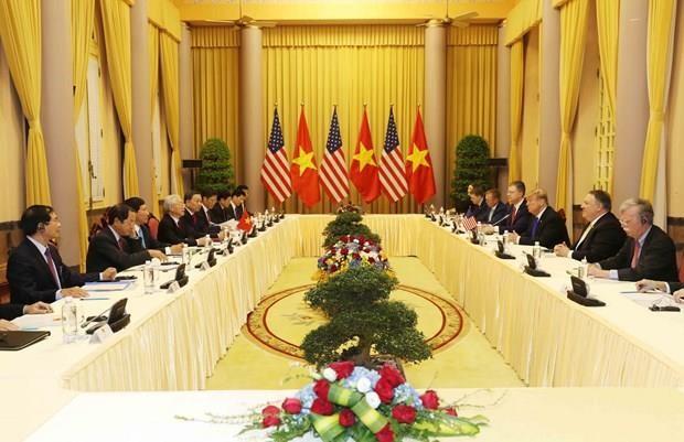 Lãnh đạo Việt Nam và Hoa Kỳ thảo luận về tình hình Biển Đông ảnh 1