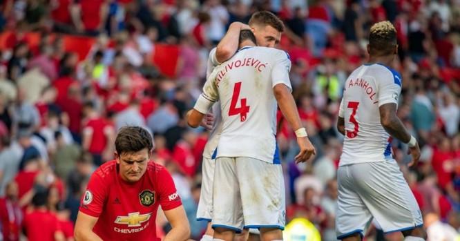 Manchester United - Khi trục xương sống lỏng lẻo ảnh 2