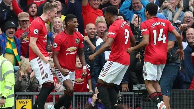 Manchester United - Khi trục xương sống lỏng lẻo ảnh 1