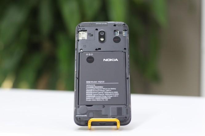 Bên trong chiếc máy Nokia 2.2