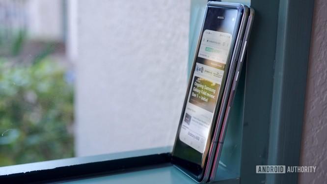 Đánh giá: Samsung Galaxy Fold có xứng đáng với mức giá 50 triệu? ảnh 8