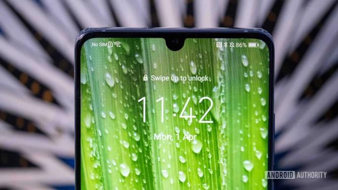 """Top 8 mẫu điện thoại Android có khả năng chụp ảnh """"tự sướng"""" vi diệu ảnh 9"""