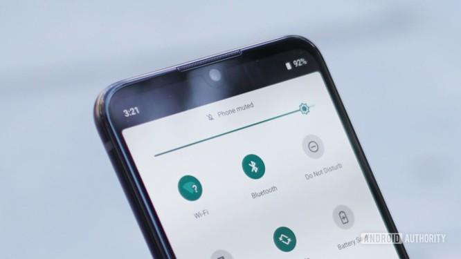 """Đánh giá Motorola One Zoom - Đối thủ """"nặng ký"""" trong phân khúc giá rẻ ảnh 4"""