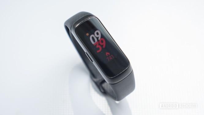 Top 4 mẫu đồng hồ Fitness tốt nhất của Samsung ảnh 4