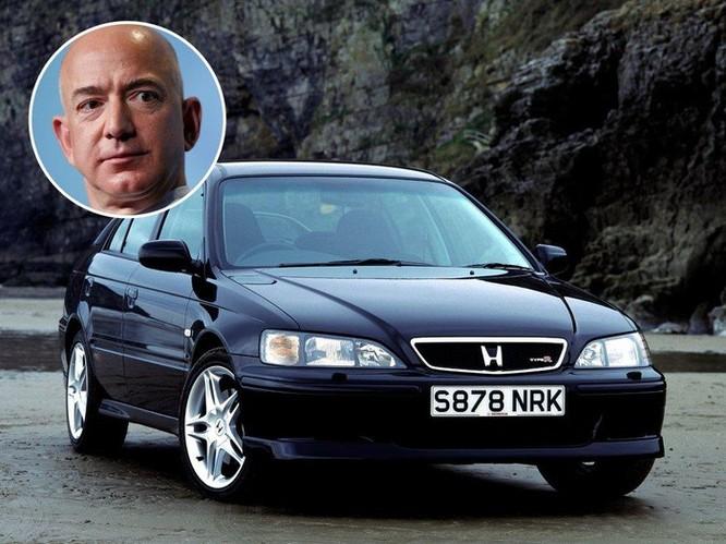 Các tỷ phú công nghệ như Zeff Bezos, Bill Gates đi xe gì? ảnh 2