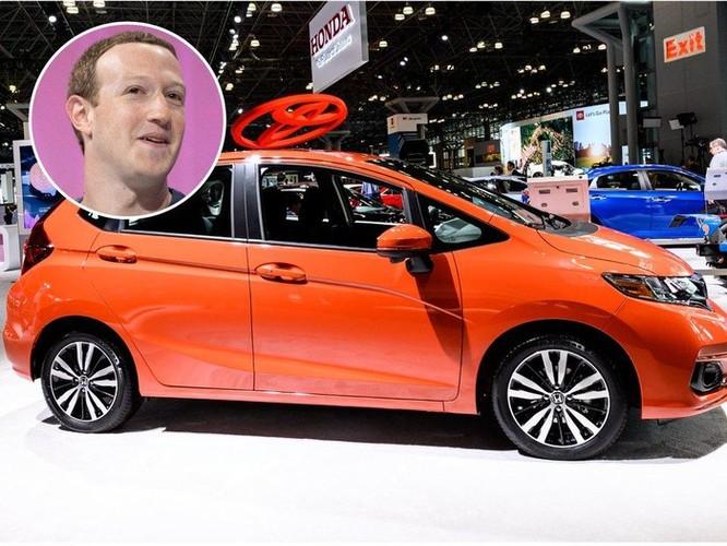 Các tỷ phú công nghệ như Zeff Bezos, Bill Gates đi xe gì? ảnh 9