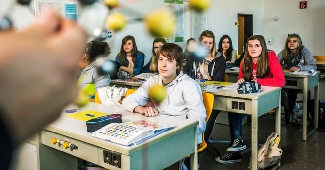 Cho học phép học sinh đến muộn 1 tiếng đồng hồ, một trường trung học ở Đức nhận lại được kết quả bất ngờ ảnh 1