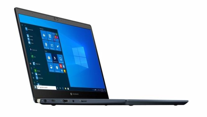 Sharp giới thiệu đến người tiêu dùng chiếc laptop nhẹ nhất thế giới ảnh 2