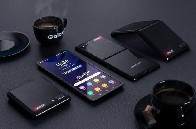 Rò rỉ thêm những thông tin quan trọng về chiếc điện thoại gập thế hệ thứ 2 của Samsung ảnh 3