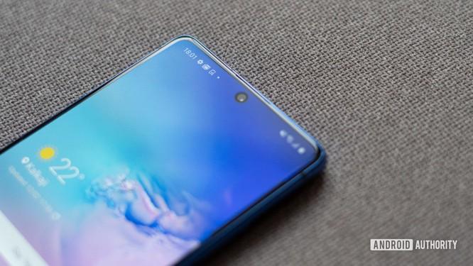 Trên tay Samsung Galaxy S10 Lite: Liệu có phải một chiếc điện thoại đáng mua? ảnh 1