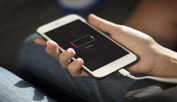 Cố tình giảm hiệu năng iPhone cũ, Apple bị phạt nửa tỷ USD ảnh 1