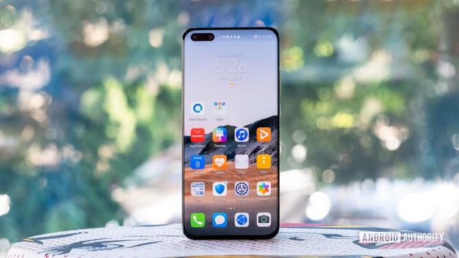 Huawei P40 Pro Plus: Cụm camera sau ấn tượng ảnh 1