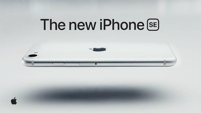 iPhone SE và Samsung Galaxy S10 Lite, smartphone nào đáng chọn trong tầm giá dưới 15 triệu đồng? ảnh 1