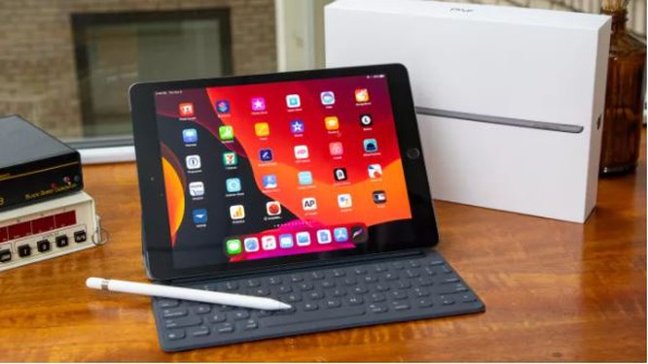 Trong tầm giá 10 triệu đồng, nên chọn iPad 10.2 inch hay Samsung Galaxy Tab S6 Lite? ảnh 1
