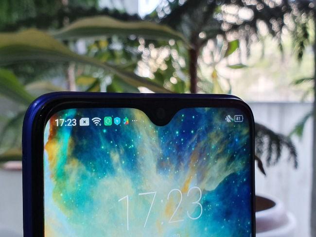 3 mẫu smartphone ngon rẻ cho người kiệm chi ảnh 11