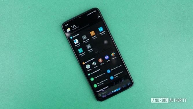 3 mẫu smartphone ngon rẻ cho người kiệm chi ảnh 3