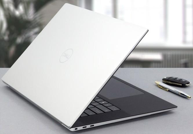 So sánh Dell XPS 17 9700 và Macbook Pro 16: Đâu là chiếc laptop phục vụ tốt cho công việc đồ họa ảnh 2