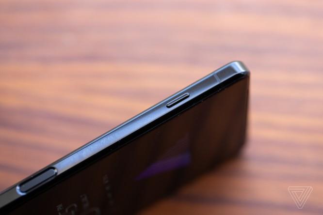 Sony Xperia 1 Mark 2 vs Samsung Galaxy Note 20 Ultra: Sony trở lại cuộc đua? ảnh 2