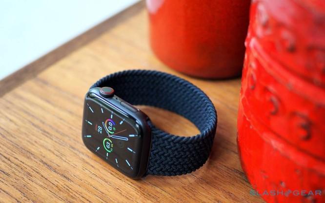 Samsung Galaxy Watch 3 vs Apple Watch SE: Smartwatch nào đáng mua với mức giá 10 triệu đồng? ảnh 11