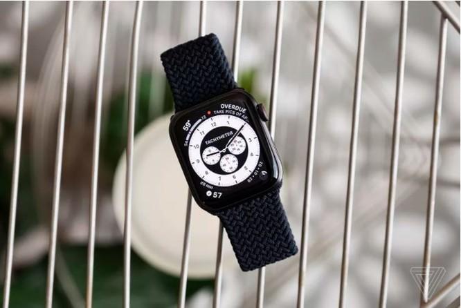Samsung Galaxy Watch 3 vs Apple Watch SE: Smartwatch nào đáng mua với mức giá 10 triệu đồng? ảnh 8