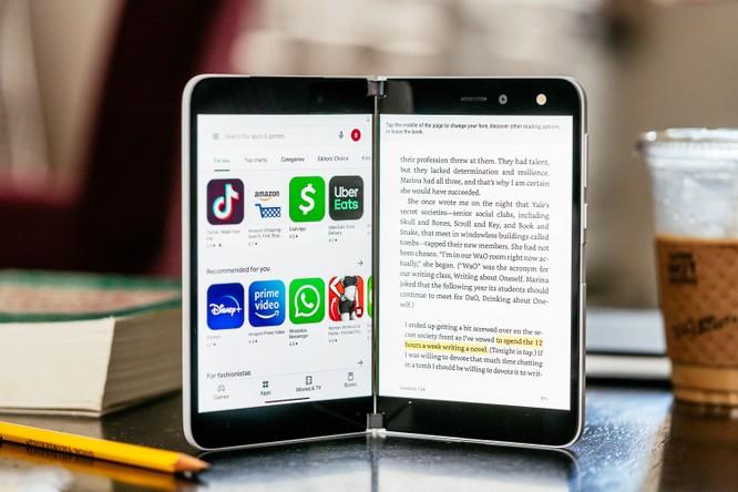 Samsung Galaxy Z Fold 2 và Surface Duo: Nên chọn điện thoại gập nào trong tầm giá 50 triệu đồng? ảnh 5