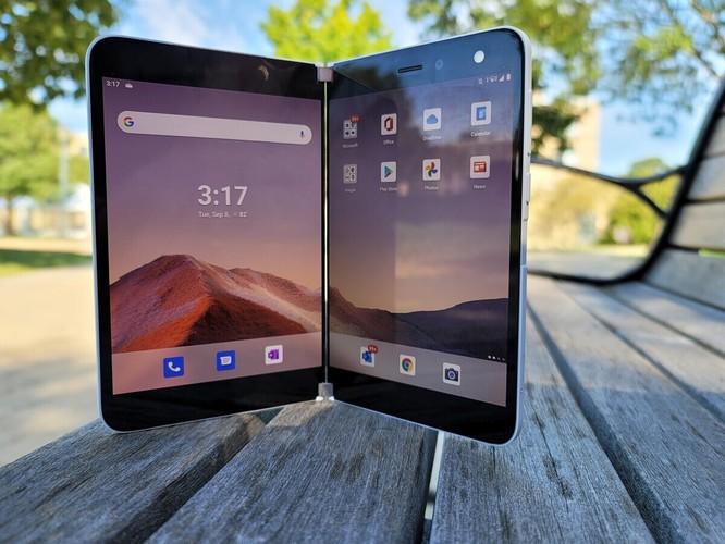 Samsung Galaxy Z Fold 2 và Surface Duo: Nên chọn điện thoại gập nào trong tầm giá 50 triệu đồng? ảnh 11