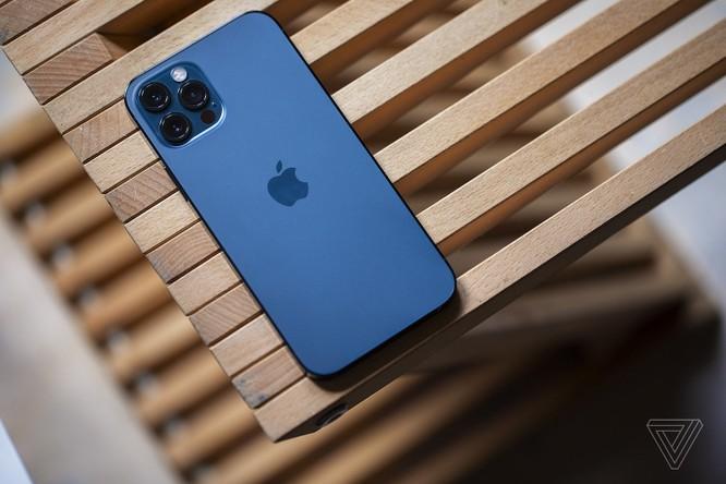 iPhone 12 Pro vs Samsung Galaxy Note 20 Ultra: Trong khoảng 30 triệu nên mua mẫu nào? ảnh 1