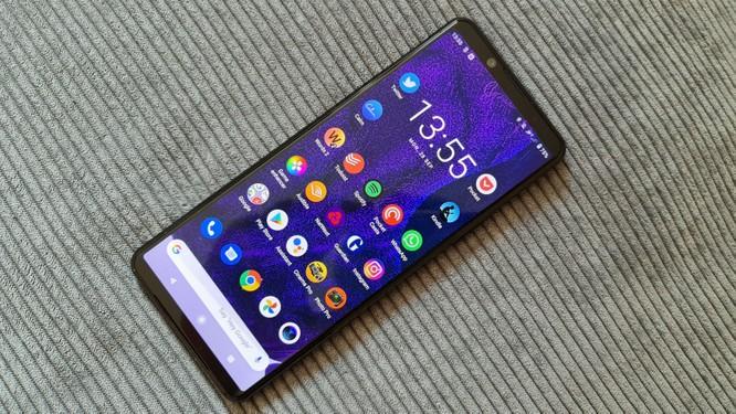 """Xperia 5 Mark 2 và Galaxy Note 20 Ultra: Chọn """"tân binh"""" của Sony hay """"trùm cuối"""" Samsung? ảnh 1"""