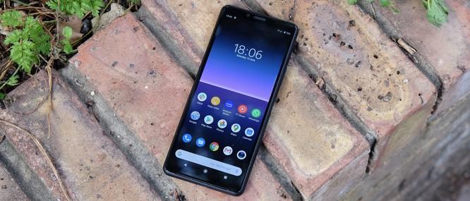Sony Xperia 10 II vs Google Pixle 4a: Trong tầm giá 10 triệu đồng chọn mẫu smartphone nào ? ảnh 1