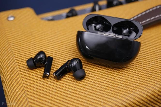 Huawei FreeBuds Pro vs AirPods Pro: Đâu là chiếc tai nghe true wireless đáng mua ? ảnh 6
