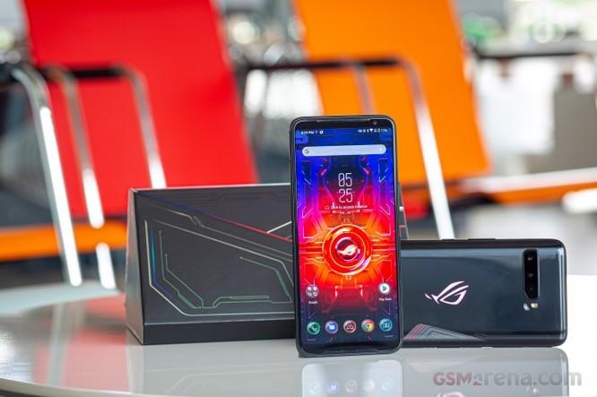 Asus ROG Phone 3 vs Black Shark 3 Pro: Đâu là chiếc smartphone gaming đáng mua? ảnh 1