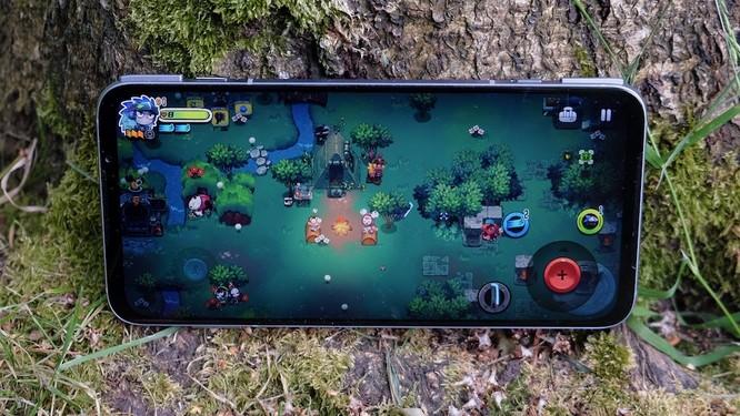 Asus ROG Phone 3 vs Black Shark 3 Pro: Đâu là chiếc smartphone gaming đáng mua? ảnh 11