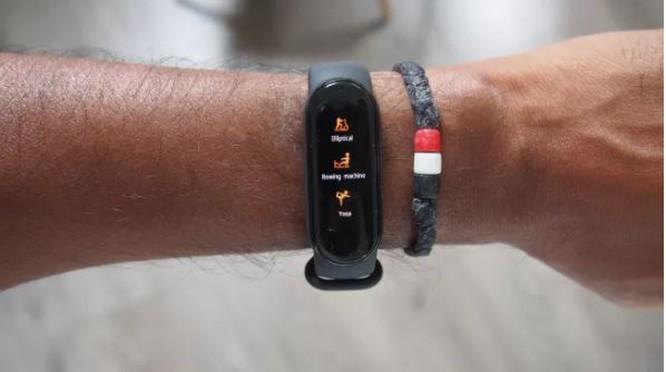 4 chiếc vòng đeo tay thông minh đáng mua nhất trong tầm giá dưới 1 triệu đồng ảnh 13