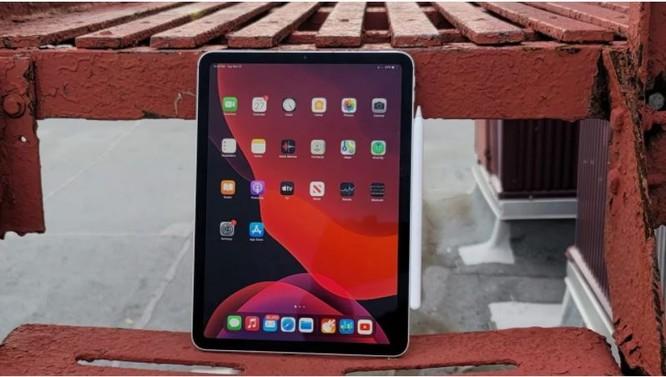 iPad Air 4 vs Samsung Galaxy Tab S7: Chọn máy tính bảng của Apple hay Samsung? ảnh 1