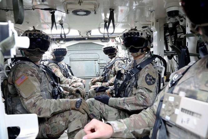 Kính bảo hộ mới của quân đội Mỹ cho phép binh lính nhìn xuyên vật thể ảnh 2