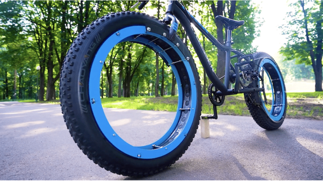 Xe đạp không trục, không nan hoa độc đáo ảnh 2