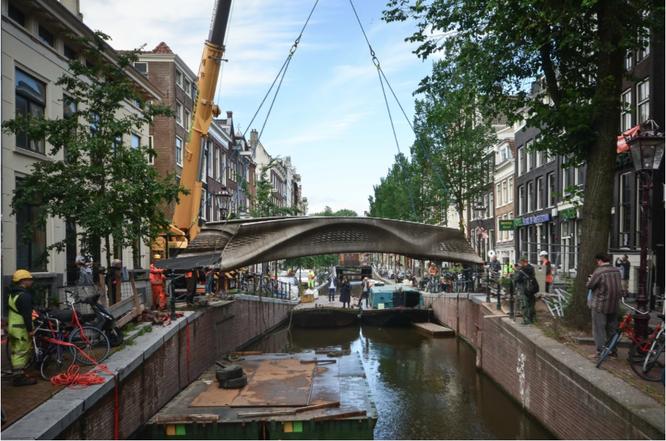 Cây cầu thép không gỉ được in 3D đầu tiên trên thế giới ảnh 2