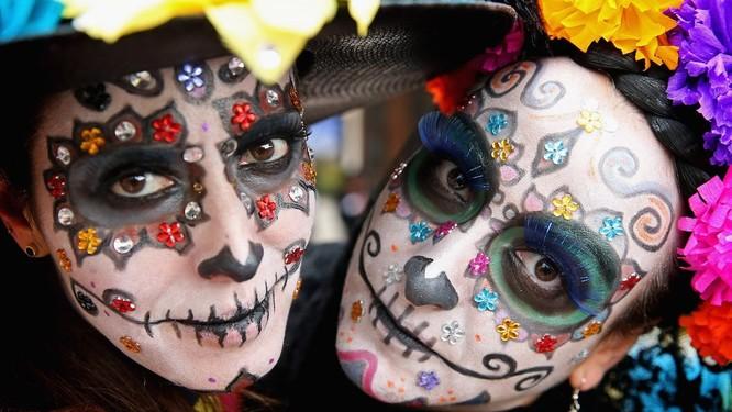 Lễ hội Halloween trên thế giới diễn ra như thế nào? ảnh 1
