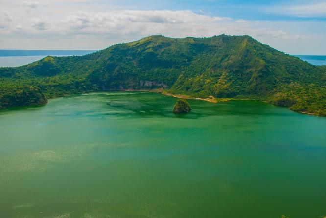11 hòn đảo kỳ lạ trên thế giới ẩn chứa nhiều bí mật ảnh 8