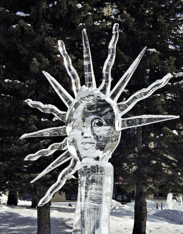 Chiêm ngưỡng 24 tác phẩm điêu khắc băng tuyệt đẹp trên thế giới ảnh 19