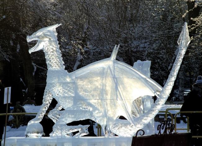 Chiêm ngưỡng 24 tác phẩm điêu khắc băng tuyệt đẹp trên thế giới ảnh 17
