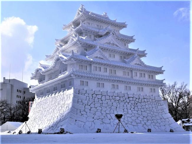Chiêm ngưỡng 24 tác phẩm điêu khắc băng tuyệt đẹp trên thế giới ảnh 6